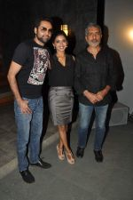 Abhay Deol, Anjali Patil, Prakash Jha at Prakash Jha_s Chakravyuh promotions in Apicus on 25th Oct 2012 (11).JPG