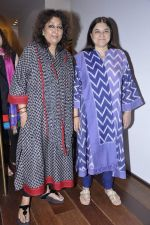 Maneka Gandhi at Madhu Jain_s collection launch in Ensemble, Mumbai on 25th Oct 2012 (29).JPG