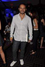 Nikhil Chinapa at Revathy_s Thundergood book launch in Aurus, Mumbai on 25th Oct 2012 (27).JPG