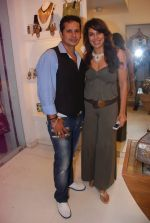 Pooja Bedi at Azeem Khan accessories launch in Mumbai on 24th Oct 2012 (105).JPG