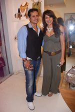 Pooja Bedi at Azeem Khan accessories launch in Mumbai on 24th Oct 2012 (106).JPG