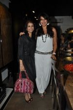 Pooja Bedi at Mondo Casa launch in Mumbai on 25th Oct 2012 (24).JPG