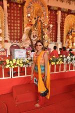 Sneha Paul at DN Nagar durga pooja in Mumbai on 24th Oct 2012 (1).JPG