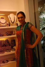 Yukta Mookhey at Azeem Khan accessories launch in Mumbai on 24th Oct 2012 (40).JPG