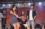 Jackky Bhagnani, Nidhi Subbaiah at Ajab Gajab Love promotions at NM college in Juhu, Mumbai on 1st Nov 2012 (96).JPG