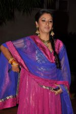 Rupali Ganguly at ITA Awards red carpet in Mumbai on 4th Nov 2012,1 (120).JPG