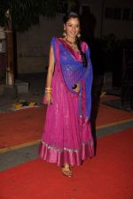 Rupali Ganguly at ITA Awards red carpet in Mumbai on 4th Nov 2012,1 (121).JPG