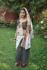 Sadhika Randhawa at Bhanwari Ka Jaal on location in Mumbai on 7th Nov 2012 (42).JPG