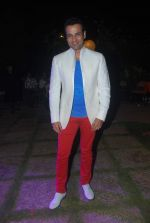 Rohit Roy at Ashutosh Rana_s Birthday Bash, given by his wife Renuka Shahane in The Club, Mumbai on 8th Nov 2012 (76).JPG