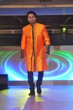 Anuj Saxena walk the ramp at Umeed-Ek Koshish charitable fashion show in Leela hotel on 9th Nov 2012.1 (23).JPG