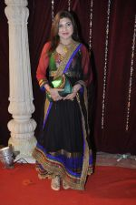 Alka Yagnik at Zee Rishtey Awards in Mumbai on 10th Nov 2012 (30).JPG