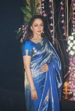 Hema malini snapped at nehru centre in Mumbai on 16th Nov 2012 (1).JPG