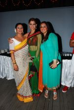 Sai, Shilpa, and munisha Khatwani at the launch of Sai Deodhar and Shakti Anand_s Production house Thoughtrain Entertainment in Mumbai on 18th Nov 2012.JPG