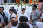 at Bal Thackeray funeral in Mumbai on 18th Nov 2012 (297).JPG