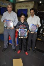 Darsheel Safary at playstation game launch in Infinity Mall, Mumbai on 20th Nov 2012 (17).JPG
