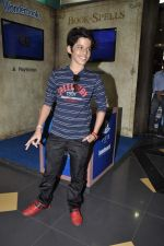 Darsheel Safary at playstation game launch in Infinity Mall, Mumbai on 20th Nov 2012 (19).JPG