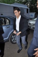 Aamir Khan on location with Star Pariwar in Filmcity, Mumbai on 22nd Nov 2012 (2).JPG