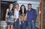Shilpa Shetty, Raj Kundra, Shane Warne and Liz Hurley at Shilpa Shetty_s bash for Shane Warne and Liz Hurley in Juhu, Mumbai on 24th Nov 2012 (25).JPG