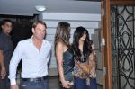 Shilpa Shetty, Shane Warne and Liz Hurley at Shilpa Shetty_s bash for Shane Warne and Liz Hurley in Juhu, Mumbai on 24th Nov 2012 (26).JPG