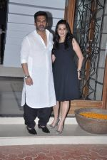 Sunil Shetty, Mana Shetty at Shilpa Shetty_s bash for Shane Warne and Liz Hurley in Juhu, Mumbai on 24th Nov 2012 (14).JPG