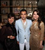 Reena Wadhwa, Rahul Khanna and Tanisha Mohan at GUCCI celebrates the opening of its fifth store in India in Gurgaon on 23rd Nov 2012.JPG