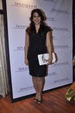 Pooja Bedi at Splendour collection launch hosted by Nisha Jamwal in Mumbai on 27th Nov 2012 (93).JPG