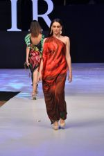 Model walk the ramp for Arjun and Anjalee Show at IRFW 2012 Day 3 in Goa on 30th Nov 2012 (15).JPG