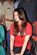 Aishwarya Rai Bachchan on World AIDS day for UNAIDS in Sion on 1st Dec 2012 (16).JPG
