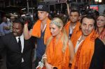 Paris Hilton visits Siddhivinayak Temple in Mumbai on 3rd Dec 2012 (29).JPG