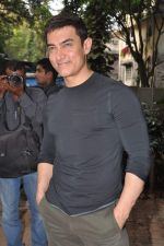 Aamir Khan at Talaash success meet in Bandra, Mumbai on 4th Dec 2012 (47).JPG