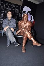 Suneil Anand at Walk of fame statue by UTV Stars in J W Marriott, Mumbai on 4th Dec 2012 (18).JPG