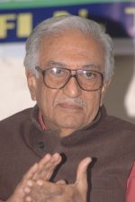 Ameen Sayani released Shafi Thanawala_s book Indian Tea American Chai in Mumbai on 1st Dec 2012 (3).jpg