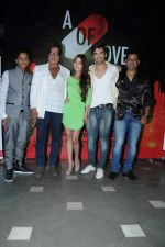 Sara Khan, Shakti Kapoor, Paras Chhabra at the launch of Sara Khan_s production House Louise Multimedia Pvt Ltd with the announcement of her film A capsule of love on 8th Dec 2012 (13).JPG
