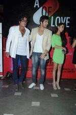 Sara Khan, Shakti Kapoor, Paras Chhabra at the launch of Sara Khan_s production House Louise Multimedia Pvt Ltd with the announcement of her film A capsule of love on 8th Dec 2012 .JPG