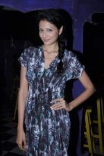Shonal Rawat at Aanchal Kumar_s bday in Amigos, Mumbai on 8th Dec 2012 (12).JPG
