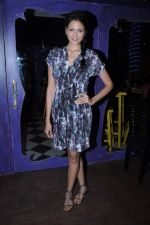 Shonal Rawat at Aanchal Kumar_s bday in Amigos, Mumbai on 8th Dec 2012 (13).JPG