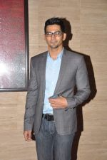 Vivaan Bhathena  at Talaash success bash in J W Marriott, Mumbai on 10th Dec 2012 (103).JPG