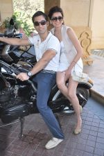 Karishma Tanna, Kushal Punjabi at Biker_s brunch hosted by JW Marriott in Juhu, Mumbai on 15th Dec 2012 (26).JPG