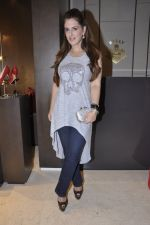 Pria Kataria Puri at Bally launch in Palladium, Mumbai on 15th Dec 2012 (19).JPG