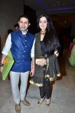 Rukhsar at Durga jasraj_s daughter Avani_s wedding reception with Puneet in Mumbai on 16th Dec 2012 (101).JPG
