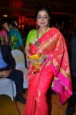 Sonali Rathod at Durga jasraj_s daughter Avani_s wedding reception with Puneet in Mumbai on 16th Dec 2012 (122).JPG