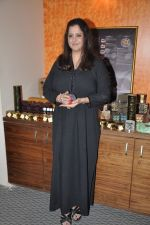 Aarti Razdan at Tarot card reader Aarti Razdan_s media event in Santacruz, Mumbai on 17th Dec 2012 (6).JPG