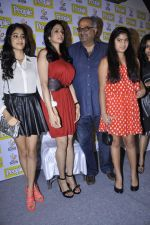 Boney Kapoor, Sridevi, Khushi Kapoor, Jhanvi Kapoor at People_s magazine cover launch in Bandra, Mumbai on 17th Dec 2012 (43).JPG
