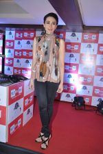 Karisma Kapoor turns RJ for Big FM in Peninsula, Mumbai on 18th Dec 2012 (55).JPG