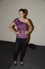 Shonal Rawat at Chimera fashion show of WLC College in Mumbai on 18th Dec 2012(439).JPG