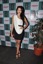 Shonal Rawat at Lagerbay Chistmas bash hosted by Shakir Sheikh in Bandra, Mumbai on 19th Dec 2012 (54).JPG
