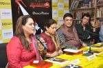 Smita Jaykar at Oswald Periiera book launch with Smita Jaykar in Crossword, Juhu, Mumbai on 19th Dec 2012 (11).JPG