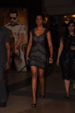 Mugdha Godse at Dabangg 2 premiere in PVR, Mumbai on 20th Dec 2012 (196).JPG