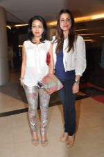 Neelam Kothari, Surily Goel at Dabangg 2 premiere in PVR, Mumbai on 20th Dec 2012 (179).JPG