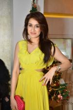 Sagarika Ghatge at Zoya Christmas special hosted by Nisha Jamwal in Kemps Corner, Mumbai on 20th Dec 2012 (130).JPG